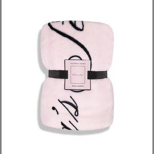NWT Victoria Secret blanket